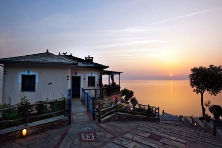 Paradise Apartment (110 sq.m, sleeping 8) - Agios Ioannis