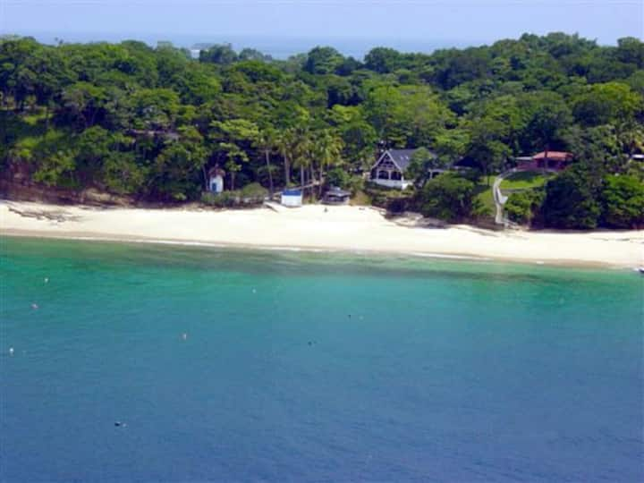 Cozy Beach House with Stunning Sea Views