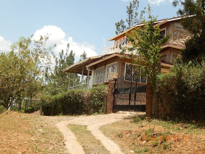 Hill-View Vacation Home (Oyugis)