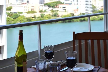 Apartment by the Lagoon, Steps to the Beach - San Juan - Kondominium