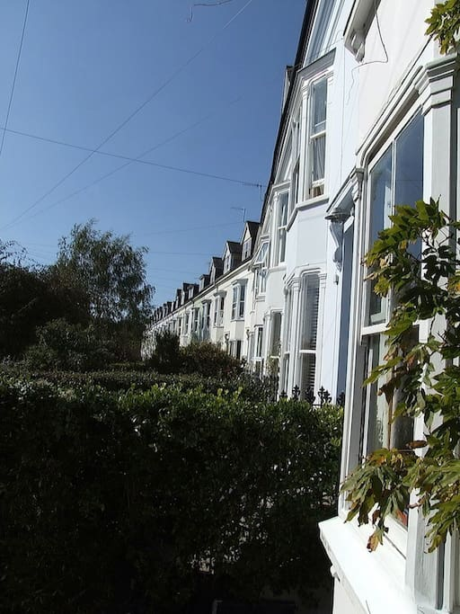 Well located very near Brighton end of Lewes and council offices. Easy parking
