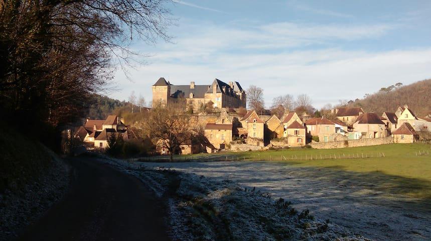 """""""La Grange"""" Maison de charme en Périgord Noir - Berbiguières - Hus"""