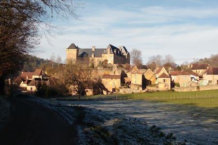 """""""La Grange"""" Maison de charme en Périgord Noir - Berbiguières - Ház"""