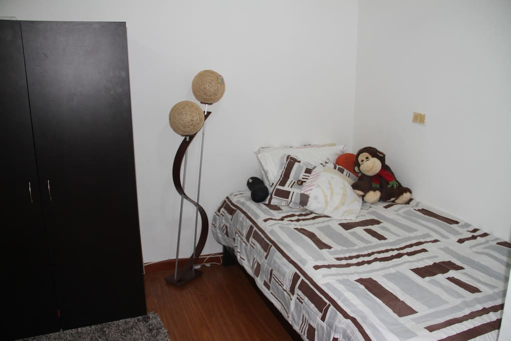 Bedroom for 1 person, with private bathroom just in the hall (shower)