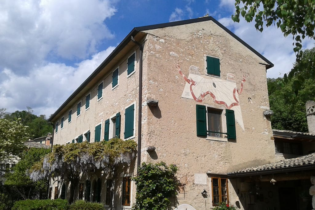 Casa della meridiana suite degli ospiti in affitto a for Planimetrie della casa degli ospiti