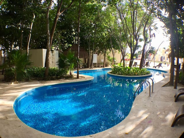 Lovely house 5 min from Puerto Morelos downtown