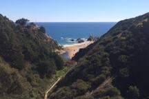 Playa cercana cueva del pirata