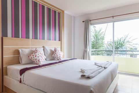 Отель Greenery, Кровать King Size