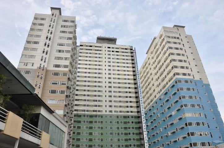 Affordable Condotel - Ridgewood Towers, BGC-Taguig
