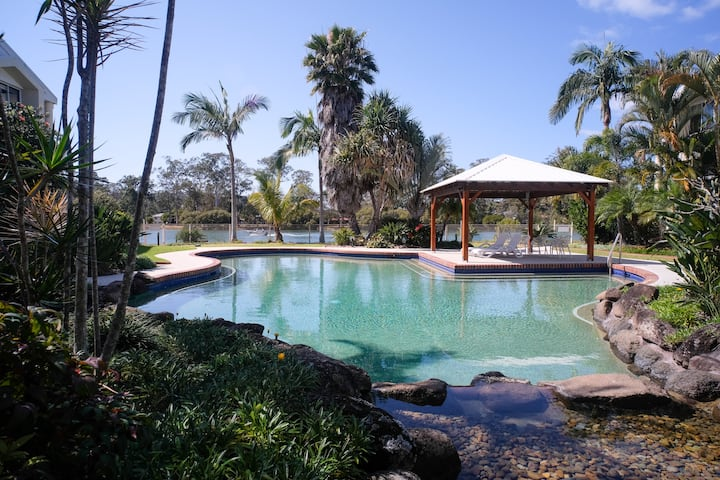 Currumbin Creek Unit