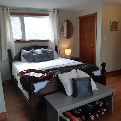 Mater bedroom with walkin closet (fur is fake)