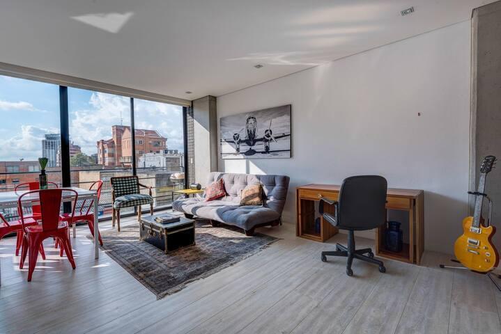 Super Trendy Apartment in Zona G