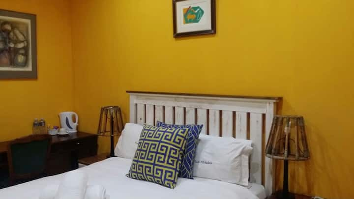 Kwa Mkhabele Lodge Van Reebeck Room