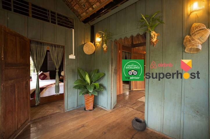 Old Khmer House 2Beds & Breakfast