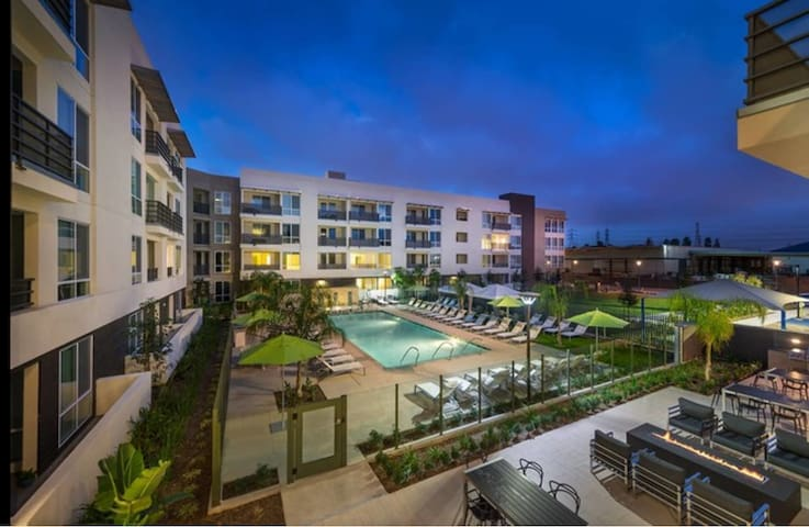 Luxury Apartment near Disneyland & Angels Stadium