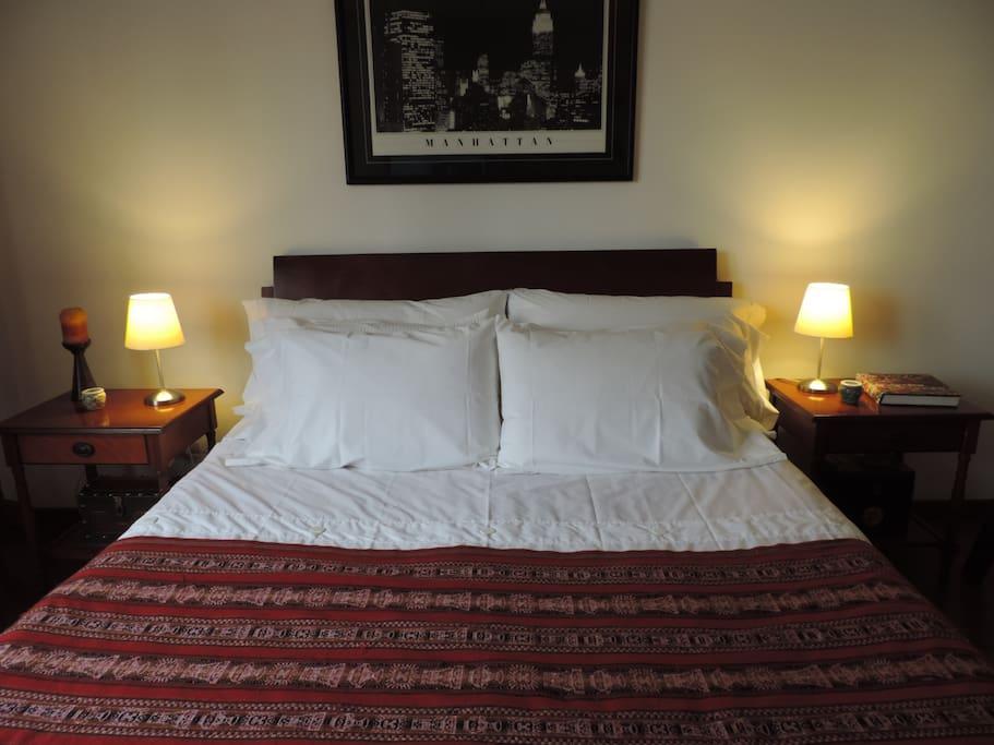 Cama Queen colchon pillow
