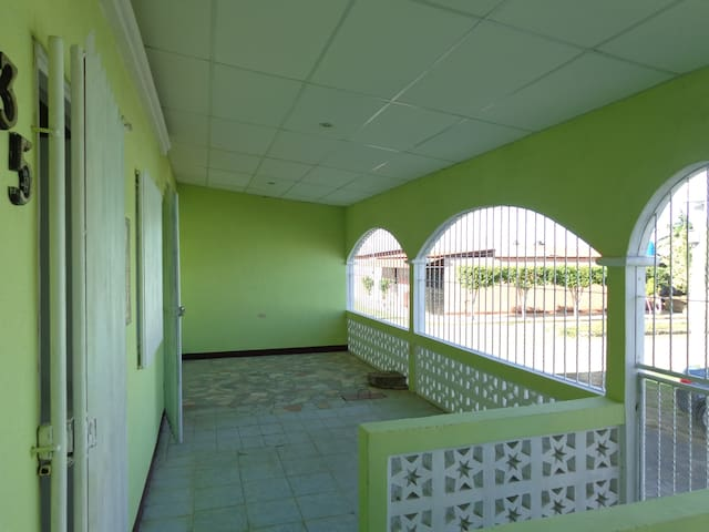 Casa ideal para persona retirada - Masaya - Hus