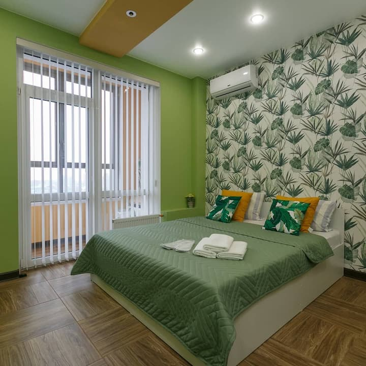 Яркие апартаменты в Jet apartment