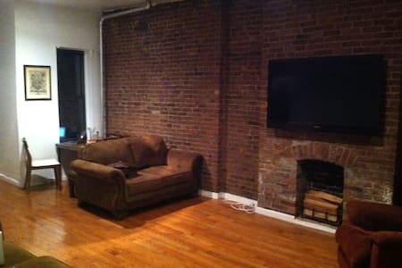 1 Room in Spacious East Village Apt