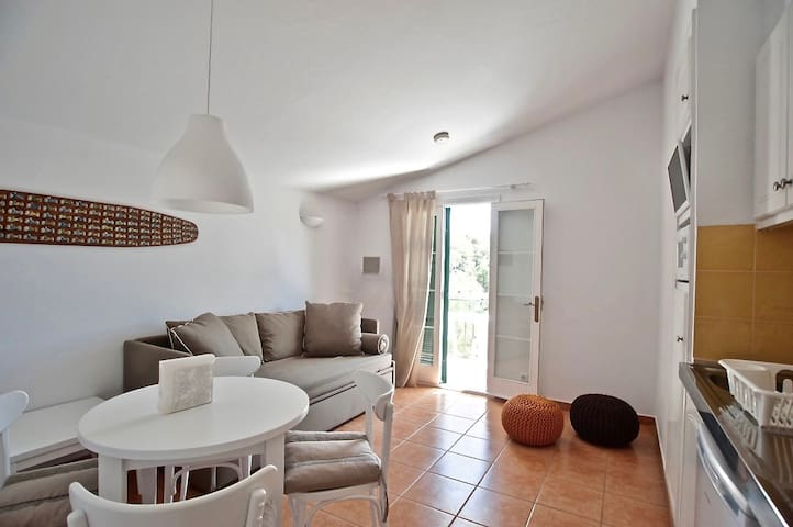 A oasis near the town center and the beach - Serpentona - Apartment