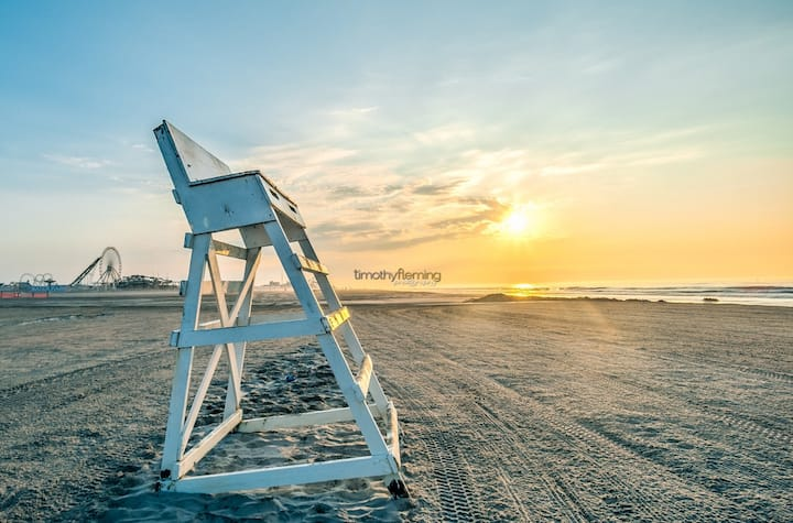 Wildwood's Best - beach block condo