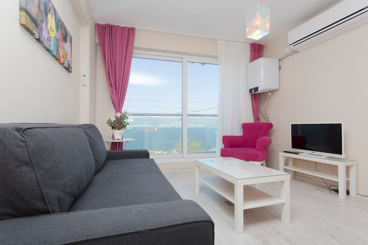 2400 - Full sea wiew , vip flat - Izmir - Apartmen