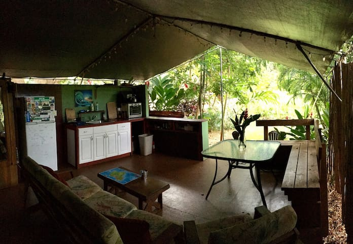 North Shore Glamping