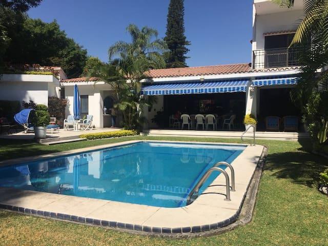 Hermosa Casa Con Vista Al Campo De Golf Tabachines