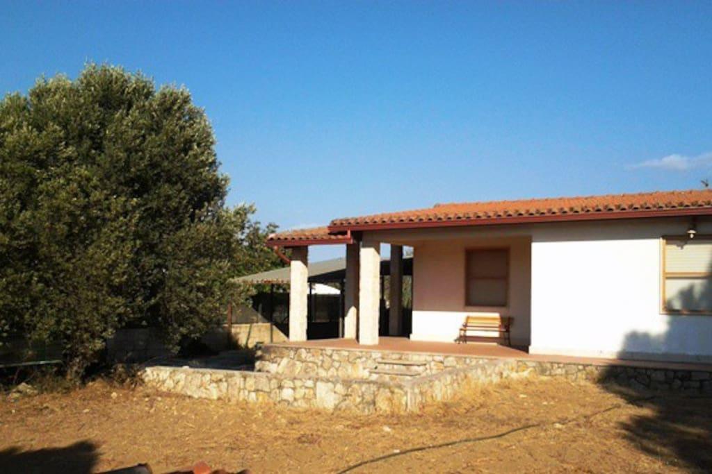 Casa vacanza a solo 2 km dal mare case in affitto a for Case in affitto a modica arredate