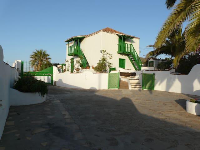 RURAL HOUSE LA CAPELLANIA TENERIFE