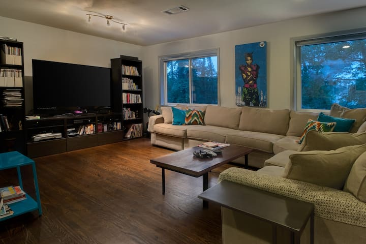 Relax at a 3br East Atlanta Home