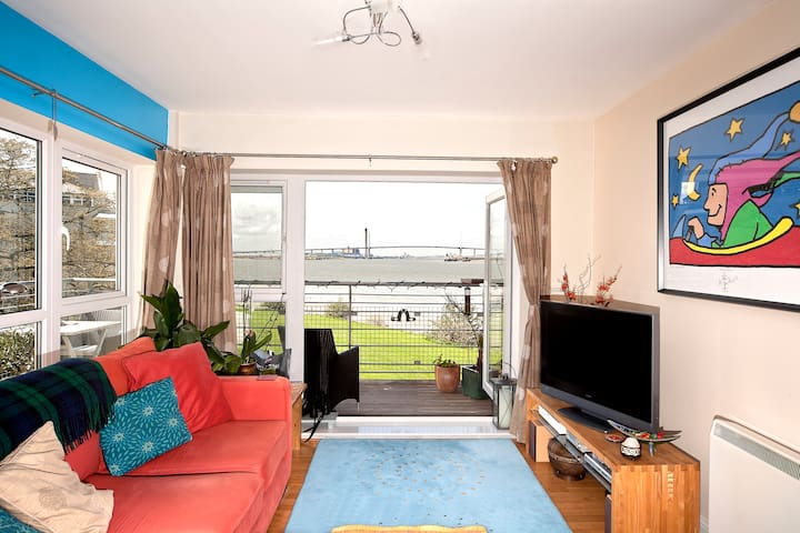 Stunning River Views - Double Room - greenhithe - Byt