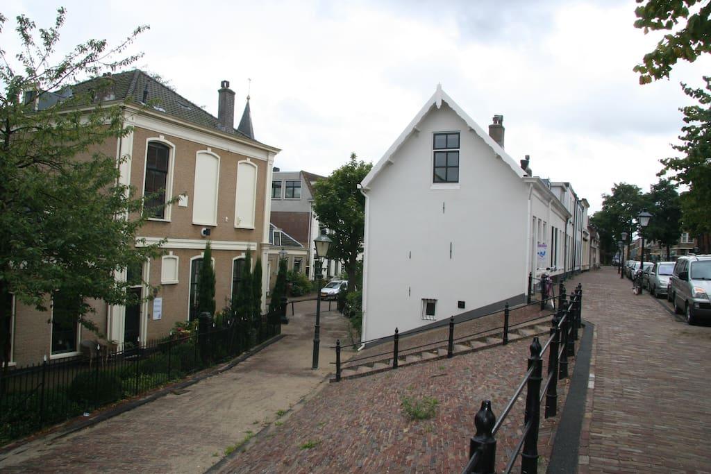Monumental small dikehouse 1890 huizen te huur in for Huizen huur rotterdam
