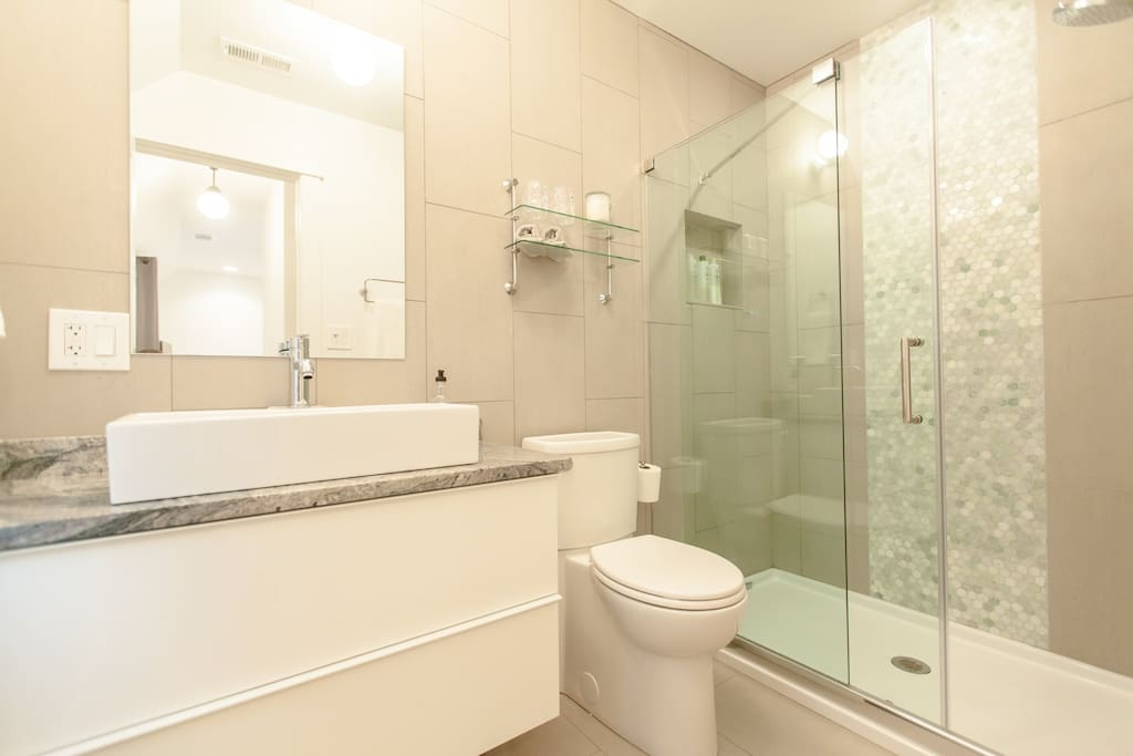 Private bathroom, all towels and soaps provided.