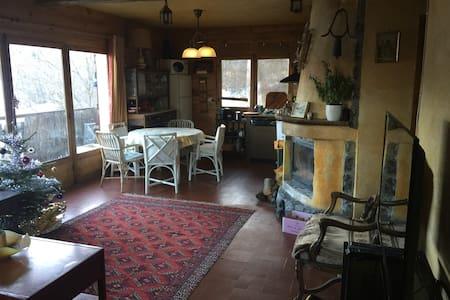 Studio confortable dans un chalet - Beuil - 木屋