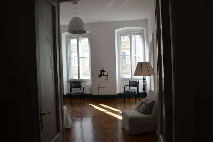 """De charme"" accomodation - Trieste - Bed & Breakfast"