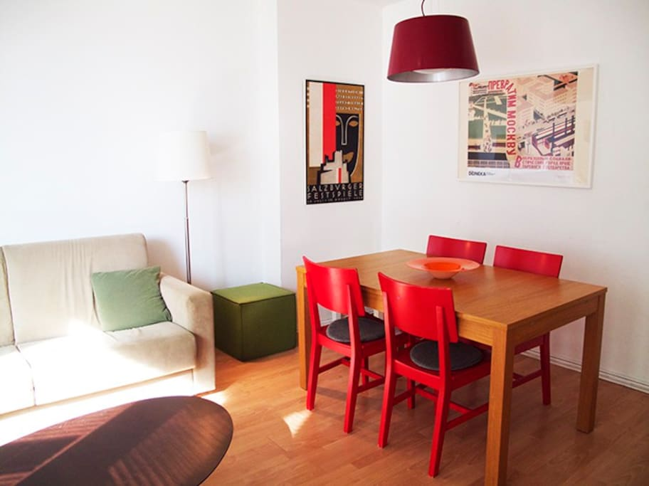 Comedor * Livingroom * Wohnzimmer