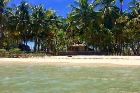 sumbawa beach front bungalow - Taliwang
