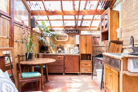 Organic Farm Private Guesthouse w/ Bamboo Kitchen - Ojai - Byt
