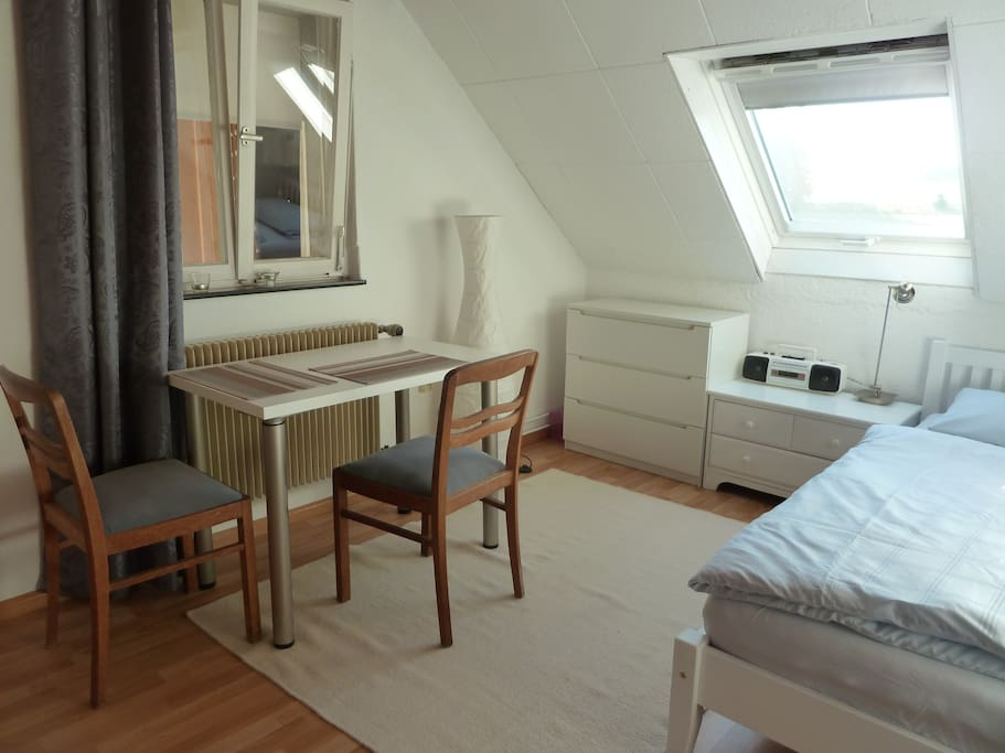 rooms to go bedroom haus werner schwald zimmervermietung apartments for rent 16994