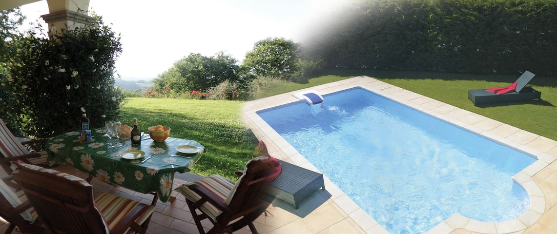 Villa Panorama, pool, 10 guests,near Rome/lake/spa
