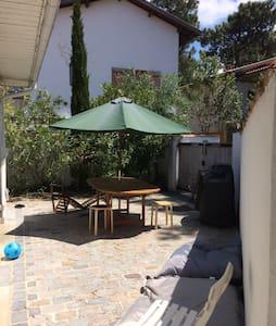 Maison Pyla 2min à pied plage - La Teste-de-Buch - Haus