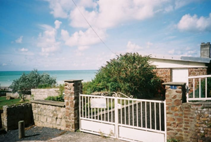 Front Mer. - Veules-les-Roses - Casa