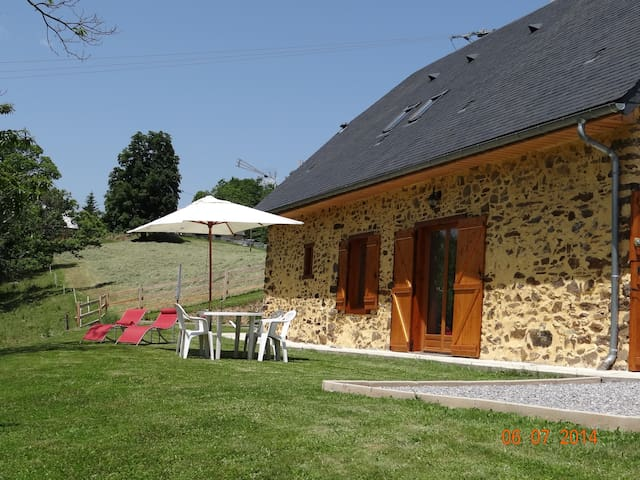 Ancienne Bergerie rénovée en maison - Astugue - Casa