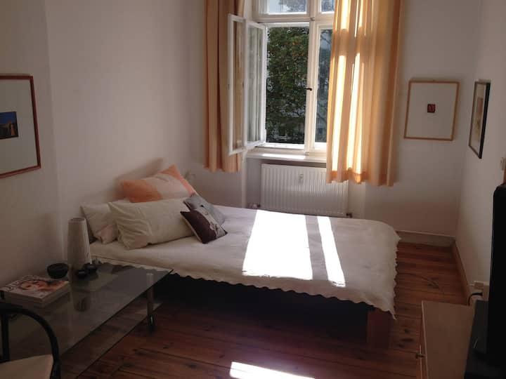 sonnig+grün, 64qm in Charlottenburg