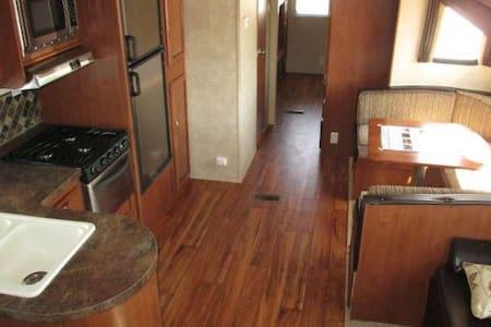 Luxary Camping I setup & you enjoy - Husbil/husvagn