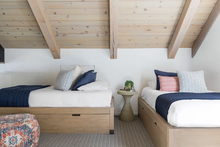 Third floor Loft with two twin beds and one pull out trundle