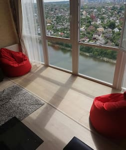 luxury 2BDR with lake view  - Kharkiv - Appartement