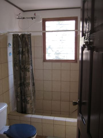 upstairs Bath/Shower