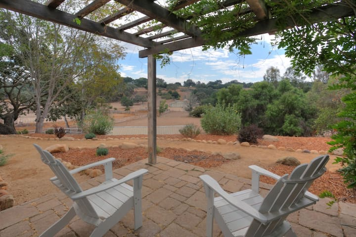 Stunning Private Ranch Property - Solvang - Hus